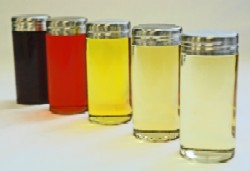 Typically, fat-soluble nutrients cannot be used in water-based formulations. But AquaNova's technology turns them into micelles of 50 microns, enabling them to be suspended in water-based solutions.